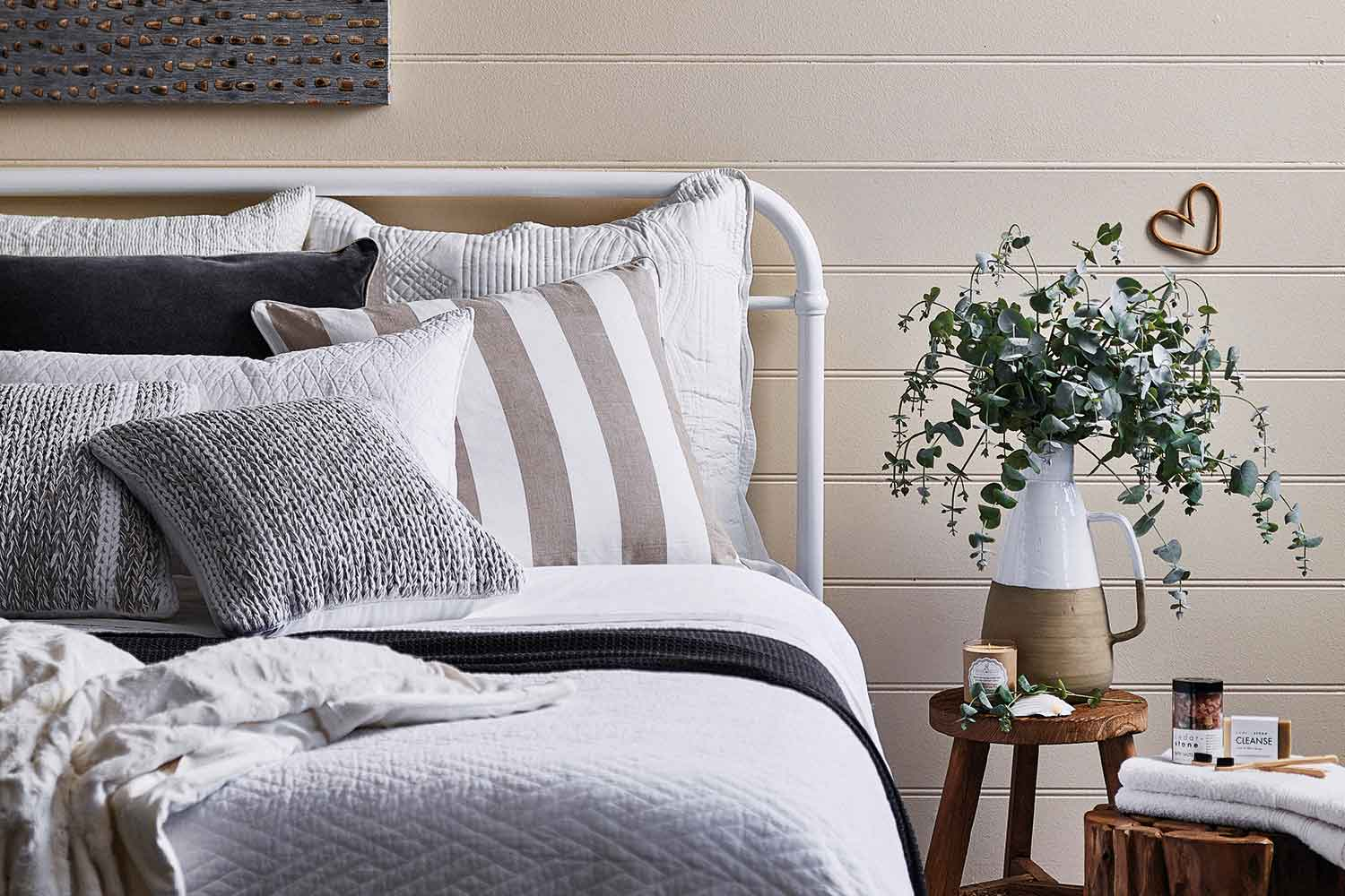 4 Affordable Ways To A Create And Decorate A Beautiful