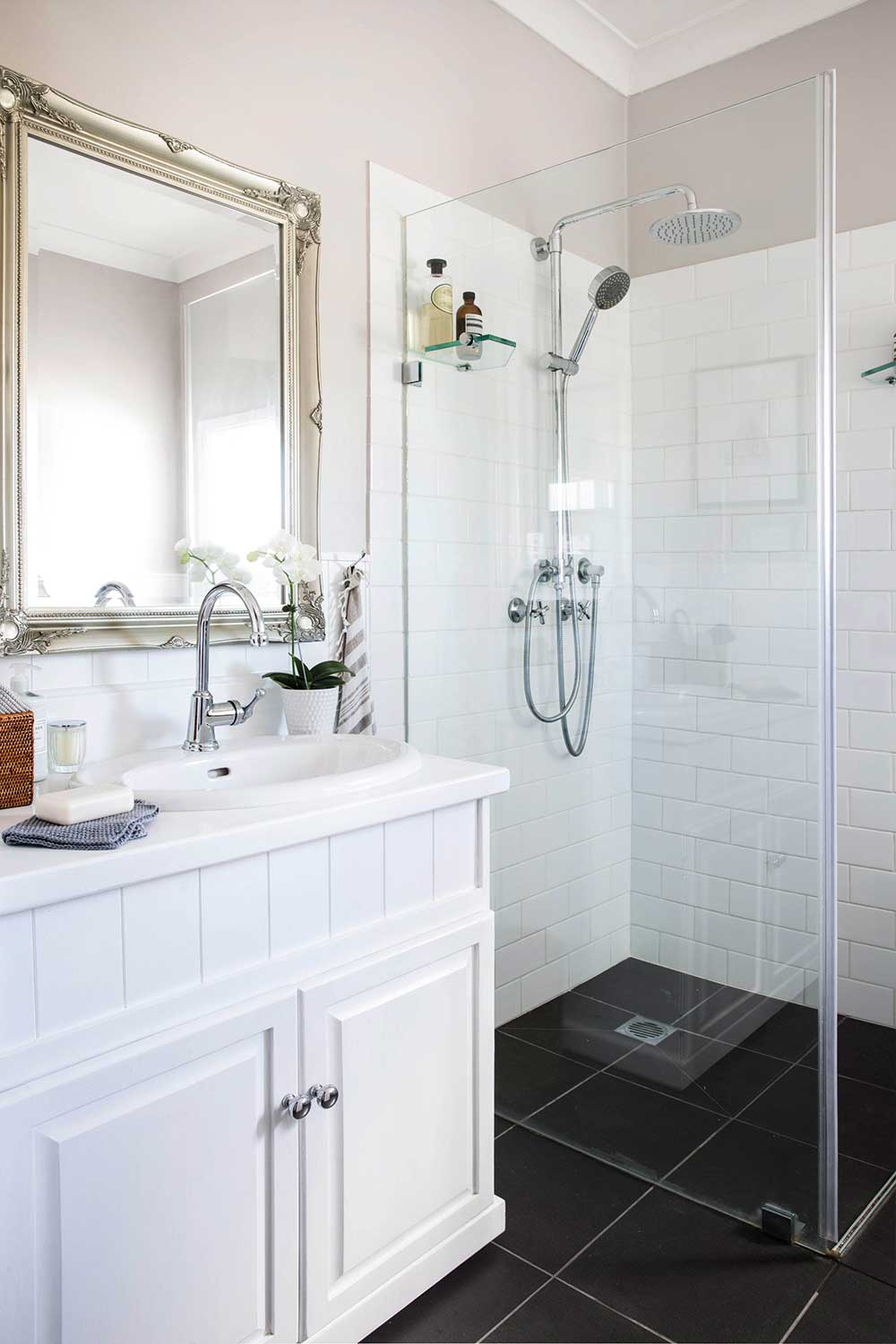Country Classic: A Low Cost Bathroom Renovation