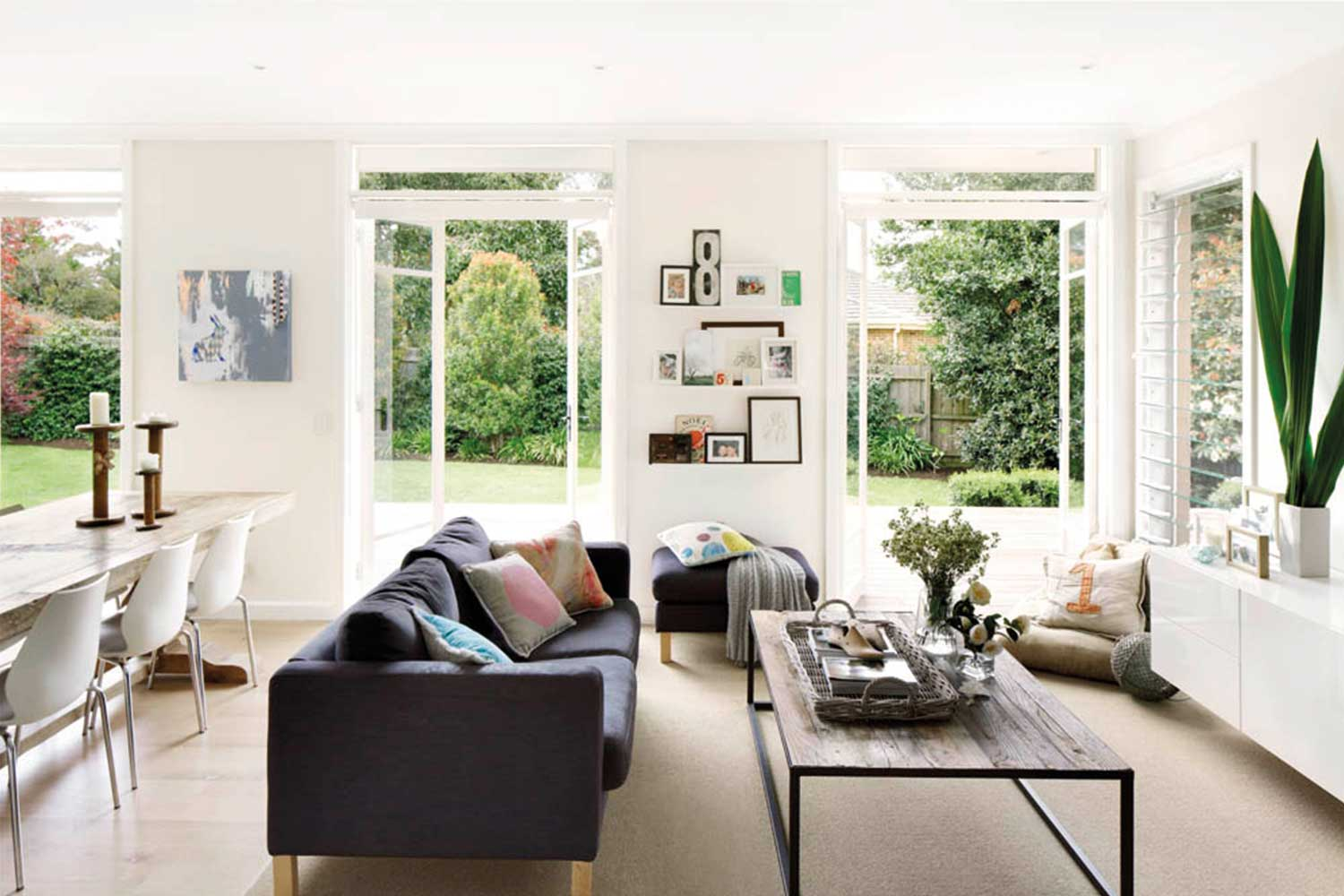 20 coffee table ideas to pull your whole living room together | Home ...