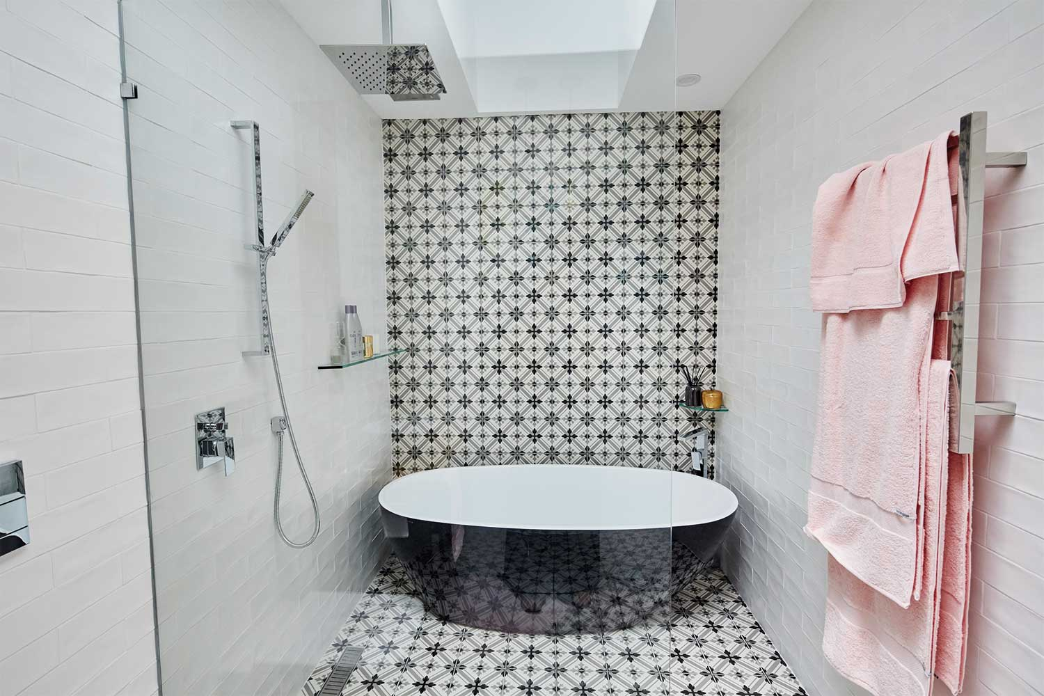 What House Rules Can Teach Us About Bathroom Feature Walls