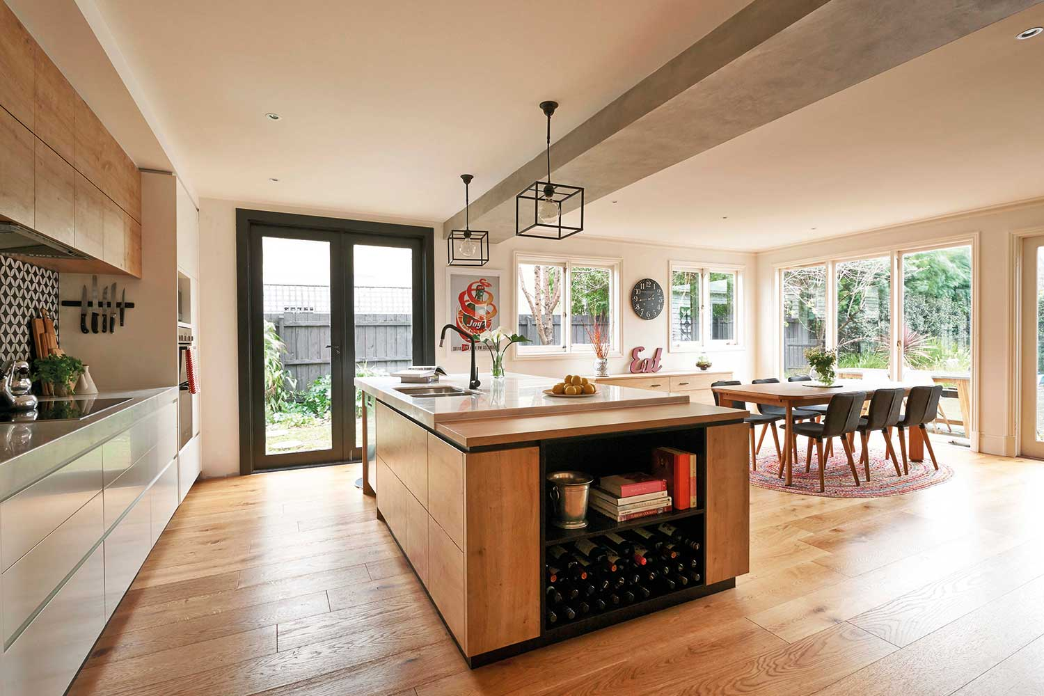 10 of our favourite kitchens with timber floorboards ...