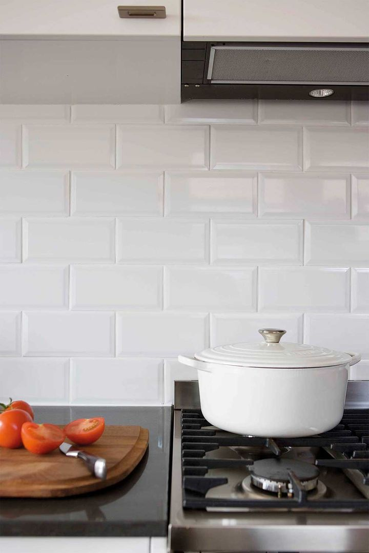 5 Kitchens That Use White Subway Tiles Home Beautiful Magazine Australia