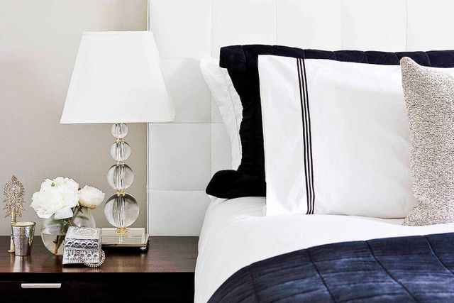6 ideas on how to style your bedside table like an expert - How long does it take to become an interior designer ...