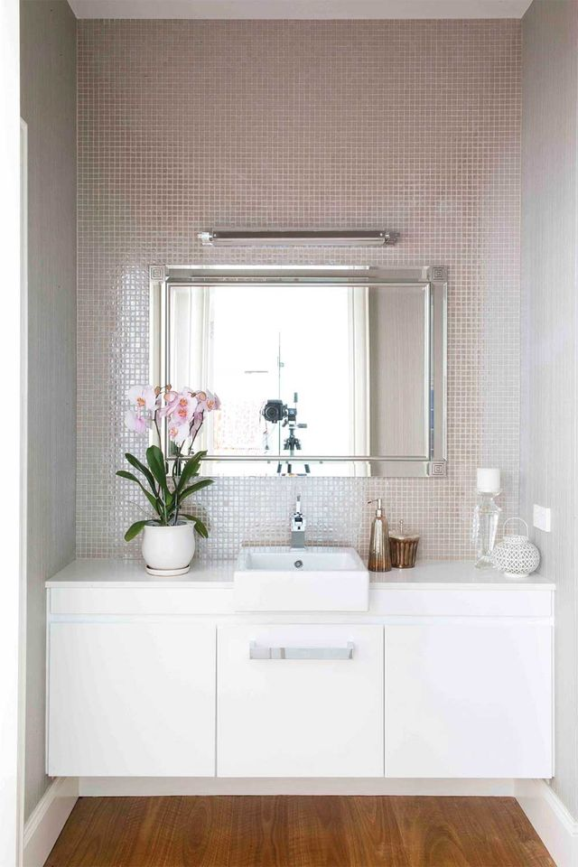 6 sneaky powder room decorating ideas we found on ...