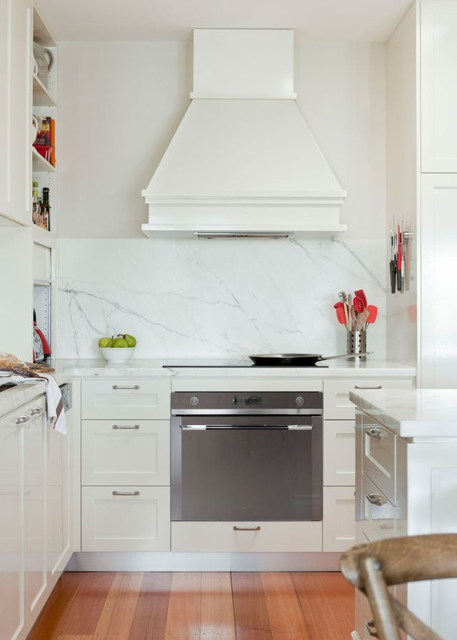 Uncover the secrets to Hamptons kitchen style