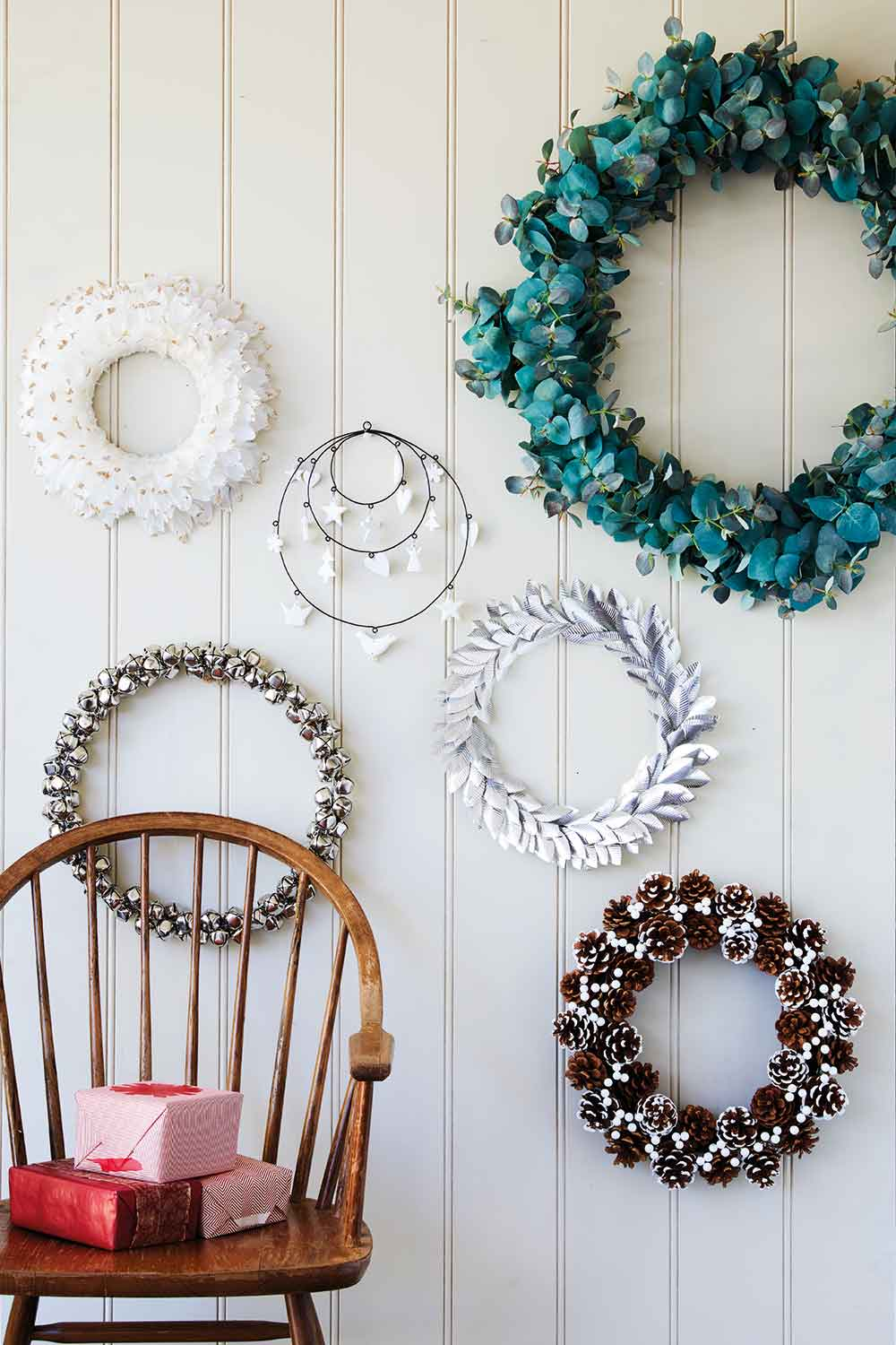 The most beautiful Christmas wreaths to bring festive ...