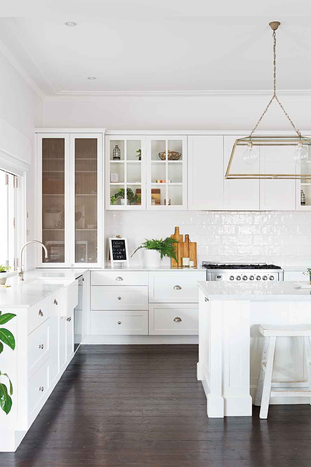 Affordable Ideas To Get The Hamptons Look In Your Kitchen Home Beautiful Magazine Australia