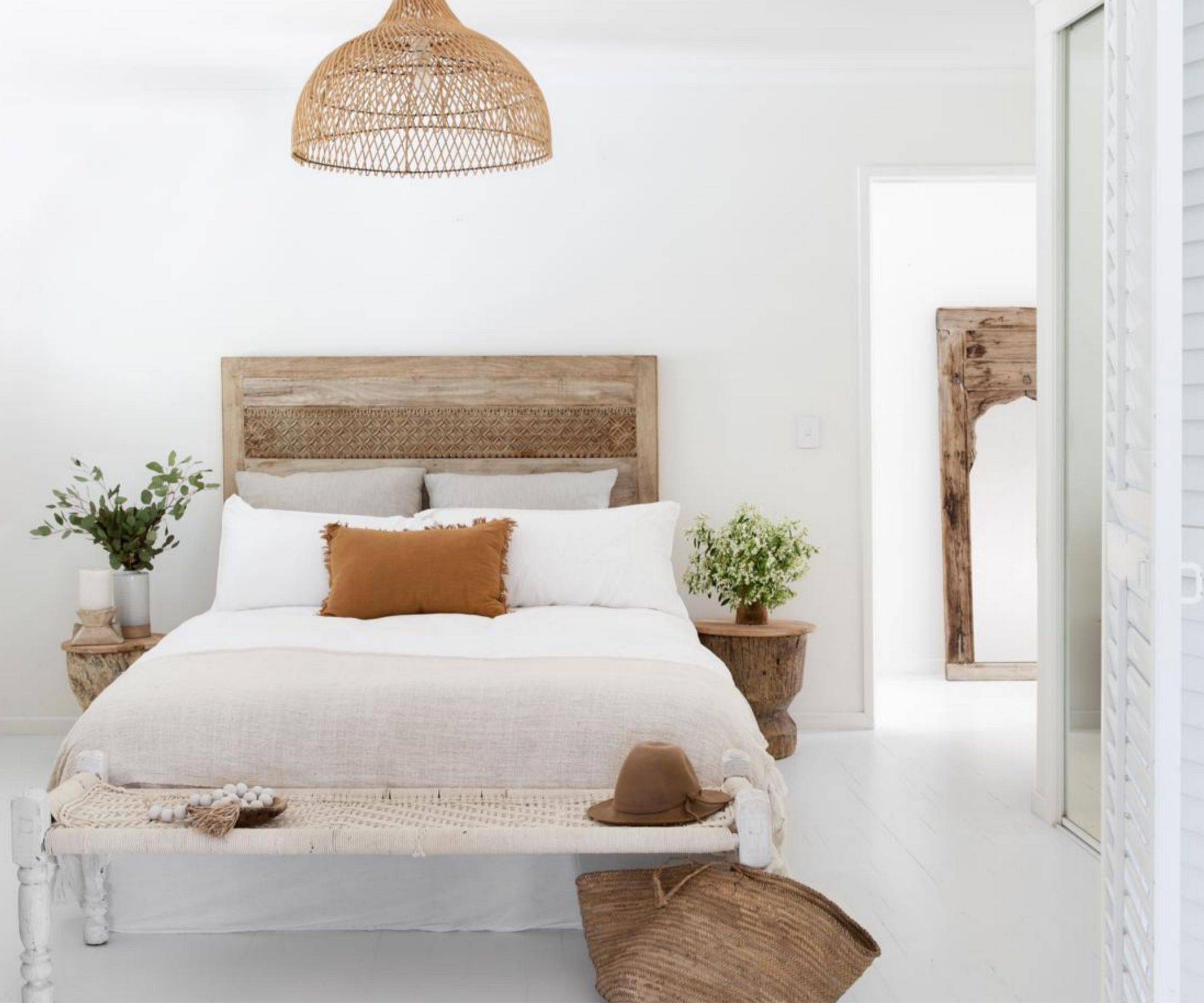 Here S How To Style A Bed Like A Pro Home Beautiful Magazine Australia