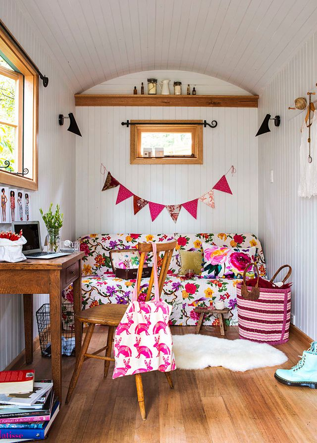 A cabin on wheels becomes a chic teen retreat | Home